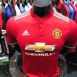 image Manchester United dévoilent son nouveau maillot